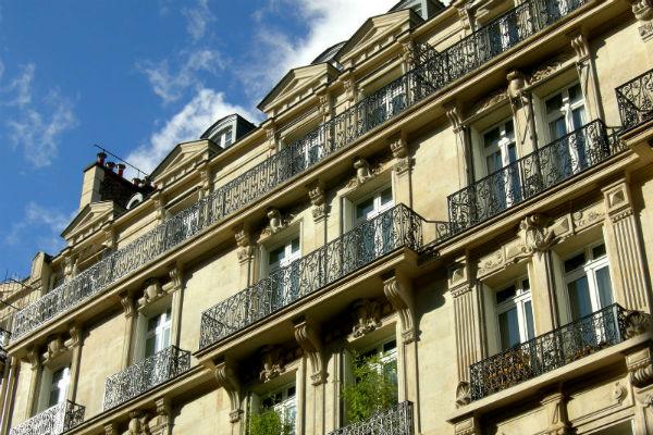 Façades d'immeubles parisiens